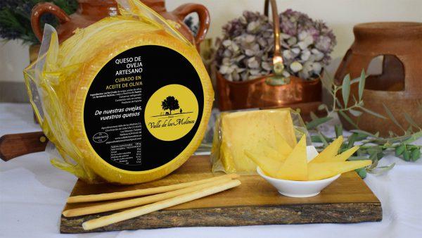Queso curado en aceite de oliva